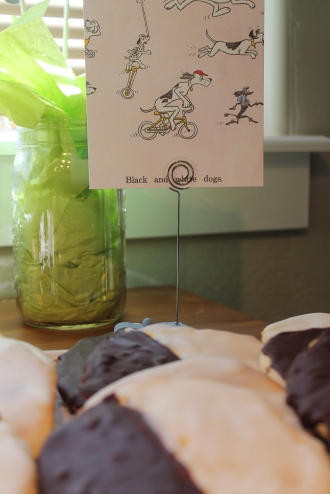 So cute! Classic black & white cookies for the 'black & white dogs' page in the Go Dog Go book!
