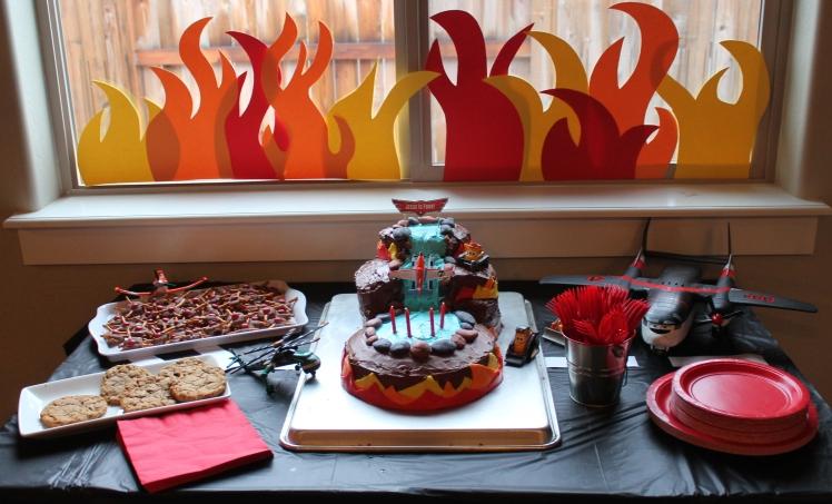Planes Fire & Rescue cake