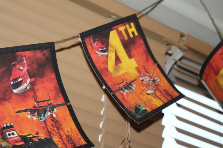 Planes Fire & rescue party decorations